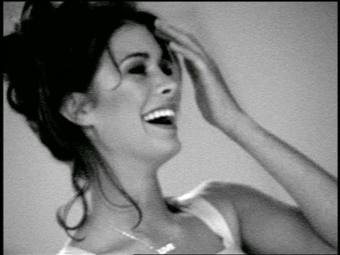 vídeos y material grabado en eventos de stock de b/w slow motion close up bridesmaid laughing / zoom out blonde bride preparing to bowl in bowling alley - bola de bolos