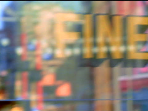 "slow motion close up pan sign painted on shop window for ""fine italian pastries"" / nyc - schild stock-videos und b-roll-filmmaterial"
