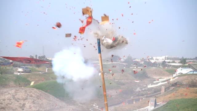 Zeitlupe : Feuerwerkskörper heizen Explodieren