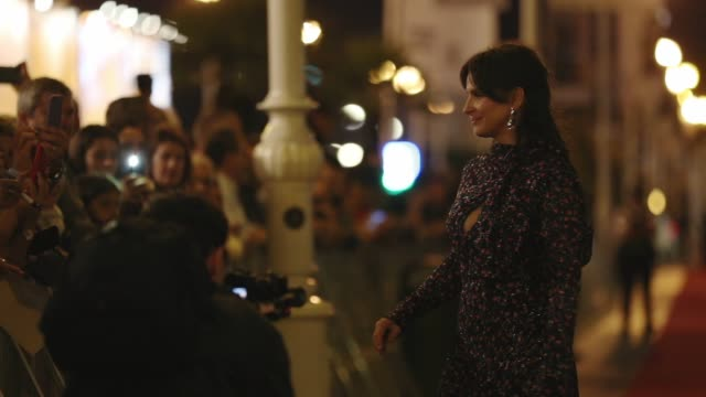 slow motion of actress juliette binoche during 'la verite ' premiere during 67th san sebastian international film festival at victoria eugenia... - juliette binoche stock videos & royalty-free footage