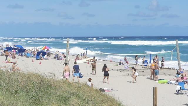 Free nude beach videos