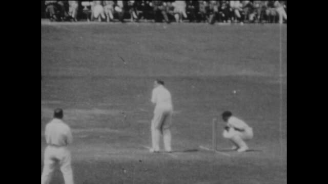 slow motion sequences of the england opening batsmen herbert sutcliffe and jack hobbs during the 2nd ashes test match between england and australia... - テストクリケット点の映像素材/bロール