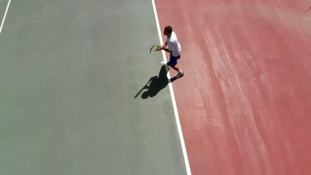 slow-motion-tennis-spieler - tennis stock-videos und b-roll-filmmaterial