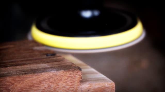 HD Slow motion:Sandpaper polishing machine