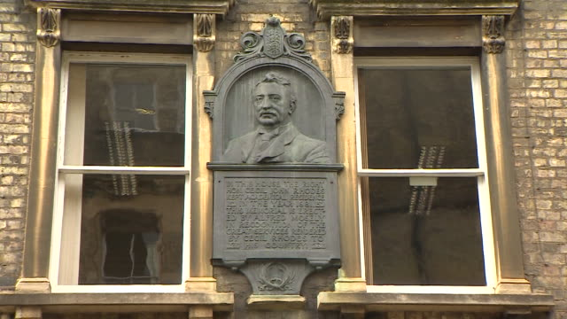 slow zoom onto a plaque of cecil rhodes on oriel college, oxford - 20 24 years stock videos & royalty-free footage