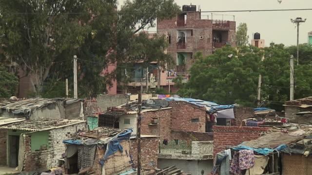 ws ha zo slum area, delhi, india - delhi stock videos & royalty-free footage