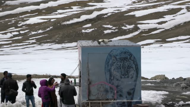 small cafe in a truck at khunjerab pass, the highest paved international border crossing in the world, between pakistan and china - china east asia stock videos & royalty-free footage