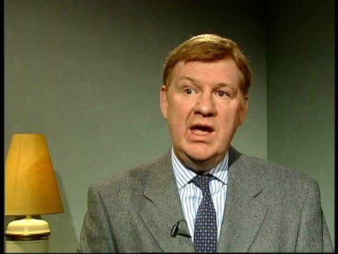 Key workers vaccinated ITN Sir Liam Donaldson interviewed SOT Smallpox vaccine is a vaccine with considerable side effects