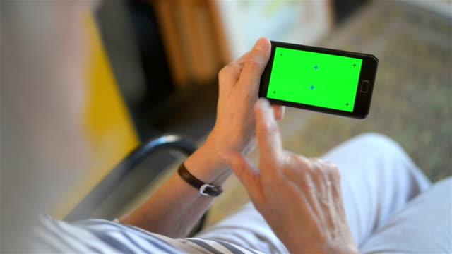 Smart phone chroma key tracking
