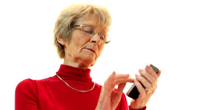 vidéos et rushes de téléphone intelligent senior - seniornaute