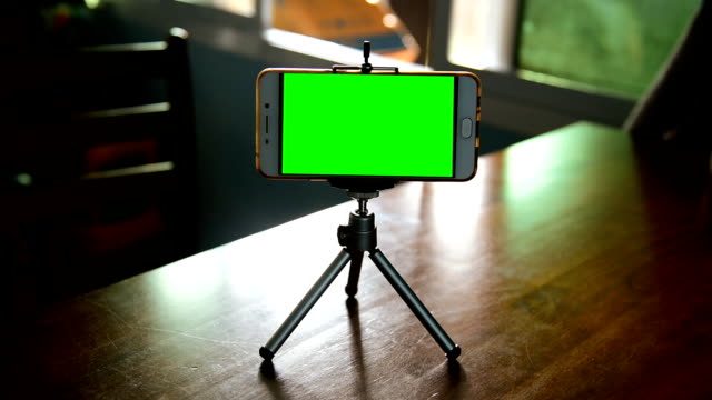 smartphone on a tripod - photo messaging stock videos & royalty-free footage
