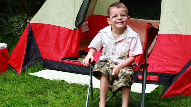 Smiling Camping