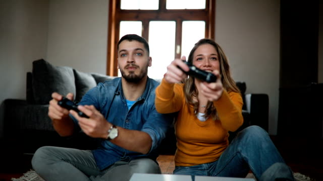 193 Cute Couple Games Videos And Hd Footage Getty Images