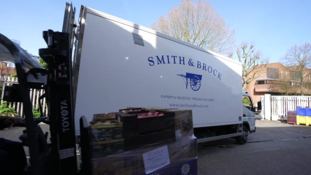 smith & brock workers prepare a pallet of food food, smith & brock who are best known for supplying fresh food to restaurants and hotels in london,... - freshness stock videos & royalty-free footage