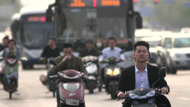 smog pollution and traffic in beijing, china - smog stock-videos und b-roll-filmmaterial