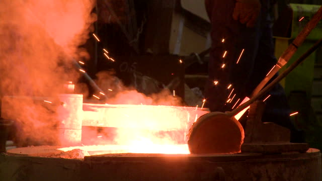 vídeos y material grabado en eventos de stock de ms smoke and sparks leaping in melting furnace / langenfeld, north rhine-westphalia, germany - sparks
