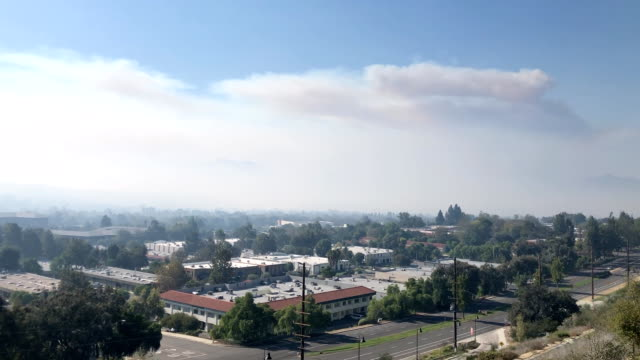 smoke from the woolsey fire in the conejo valley - westlake village california stock videos & royalty-free footage