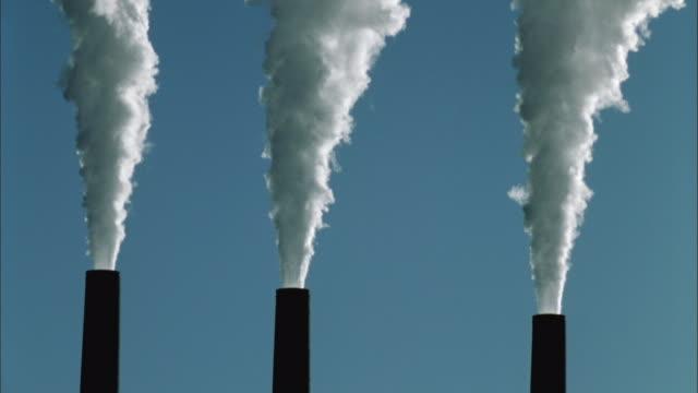 T/L, MS, Smoke from  three coal-fired power plant chimneys, Page, Arizona, USA