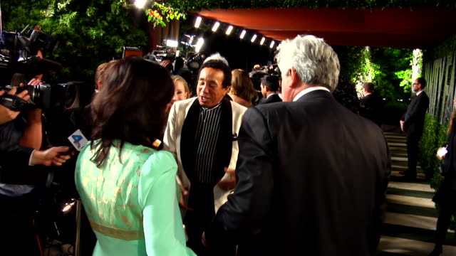 smokey robinson at the 2012 vanity fair oscar party hosted by graydon carter inside party at west hollywood ca - smokey robinson stock-videos und b-roll-filmmaterial