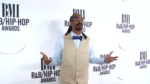 snoop dogg at the 2015 bmi r&b/hip-hop awards at saban theatre on august 28, 2015 in beverly hills, california. - snoop dogg stock videos & royalty-free footage