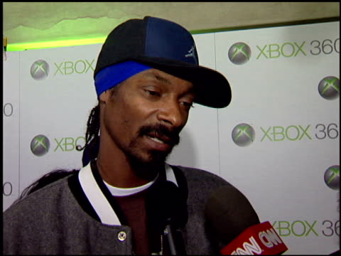 snoop dogg at the launch party for xbox's next generation console xbox 360 at a private residence in beverly hills california on november 16 2005 - xbox stock videos & royalty-free footage