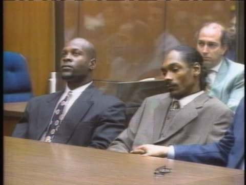 snoopêdoggêand his bodyguard mckinley lee are acquitted on murder charges in aêlosêangelesêcourtroom. - snoop dogg stock videos & royalty-free footage