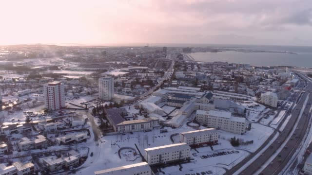 WS Snow covered cityscape,Iceland