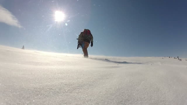 vidéos et rushes de snow mountain - en individuel