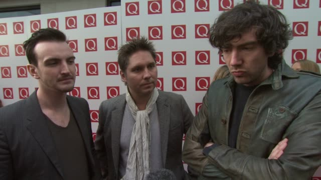 vídeos y material grabado en eventos de stock de snow patrol on how q awards are different from other music awards adele and member of queen at the the q awards 2011 at london england - snow patrol