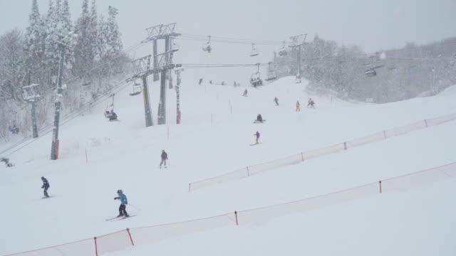 snow sport activity - スキー板点の映像素材/bロール