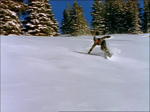 snowboarder wiping out on slope - falla av bildbanksvideor och videomaterial från bakom kulisserna