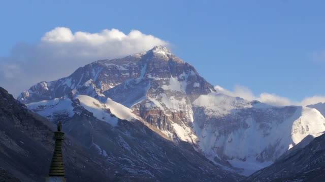snow-capped mt. everest, tibet - mt everest stock videos & royalty-free footage