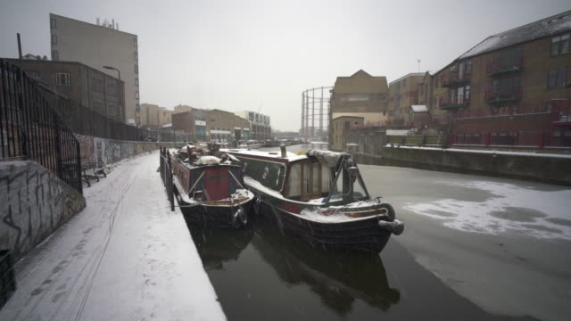 snowing in london on the regent's canal - winter stock videos & royalty-free footage