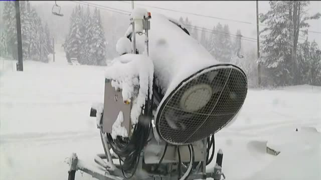 ktxl snowstorm at boreal mountain resort - seggiovia video stock e b–roll