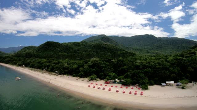 são gonçalo beach, paraty-brasilien - kiosk stock-videos und b-roll-filmmaterial