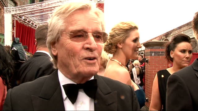 soap awards 2011 william roach interview sot on how special awards voted for by the public are on the barlow family return of long lost sons shona... - ウィリアム・ローチ点の映像素材/bロール