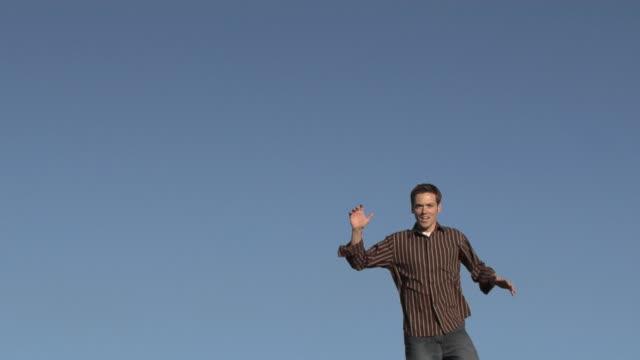 stockvideo's en b-roll-footage met soaring - trampoline