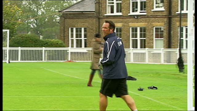 stockvideo's en b-roll-footage met players training players taking shots against seaman / angus deayton training / gates with his hand strapped / gordon ramsey with knee strapped /... - angus deayton