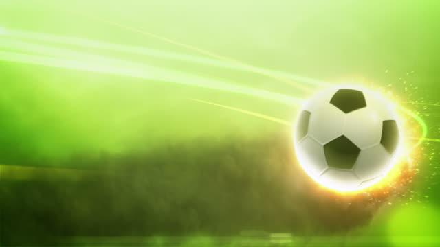 vídeos y material grabado en eventos de stock de soccer ball on fire con trazos de luz - liga de campeones