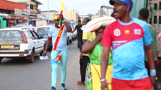 soccer fans of dr congo support their national team ahead of the 2017 africa cup of nations group c soccer match between togo and democratic republic... - national team stock videos & royalty-free footage