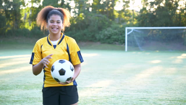 soccer player - soccer uniform stock videos & royalty-free footage