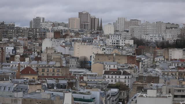 vidéos et rushes de social housing buildings in the east of paris pictured during a visit of the saint-joseph-des-nations church bell tower and porch restoration site on... - hlm