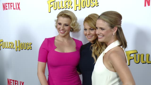 Social Media Edit Netflix's 'Fuller House' Premiere at Pacific Theaters at the Grove on February 16 2016 in Los Angeles California