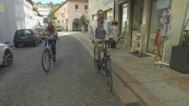 social seniors mature couple at city - cinquantenne video stock e b–roll
