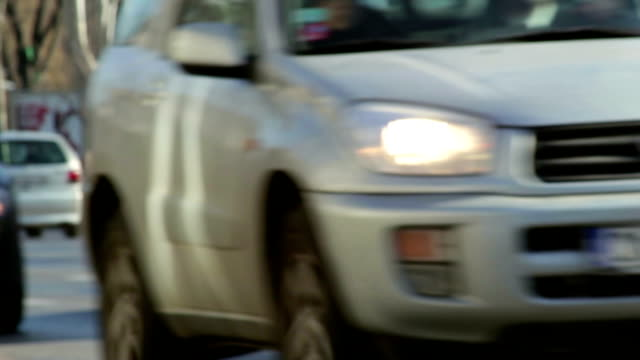 stockvideo's en b-roll-footage met sofia traffic - passeren