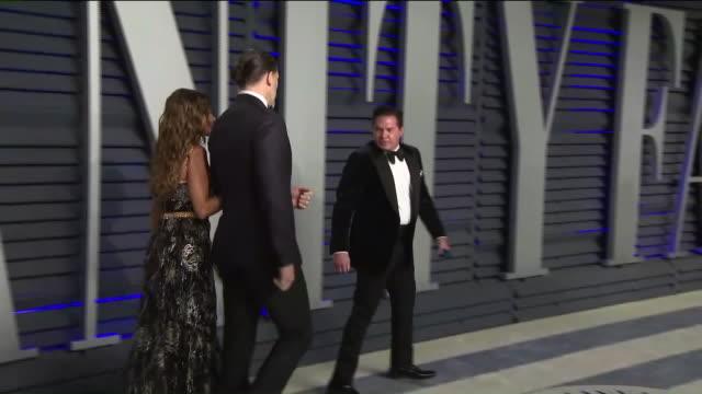 KTLA Sofia Vergara and Joe Manganiello at Vanity Fair Oscar Party