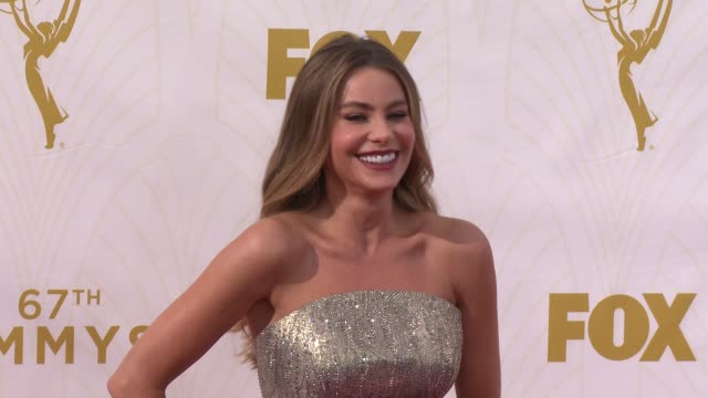 sofia vergara at the 67th annual primetime emmy awards at microsoft theater on september 20, 2015 in los angeles, california. - annual primetime emmy awards stock videos & royalty-free footage