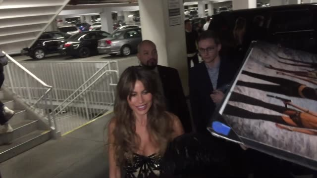Sofia Vergara Joe Manganiello sign autographs for fans as they arrive at The Female Brain premiere at ArcLight Cinemas in Hollywood in Celebrity...