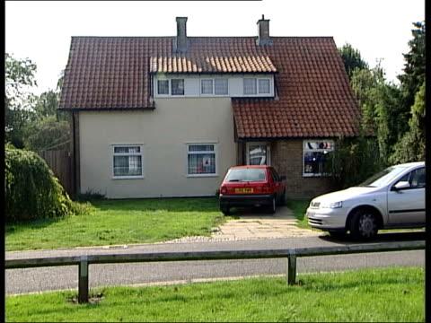 maxine carr defence testimony lib cambridgeshire soham ian huntley maxine carr's house upstairs windows of huntley's house pan - testimony stock videos & royalty-free footage