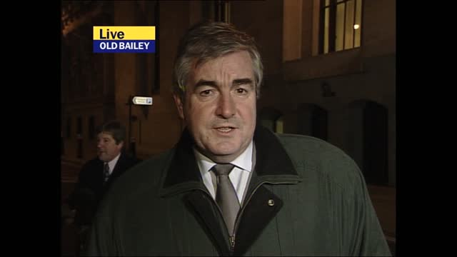 verdict: itv evening news pab; england: cambridgeshire: soham: ext / night mark austin presenting live from outside ian huntley home sot old bailey:... - itv evening news stock videos & royalty-free footage